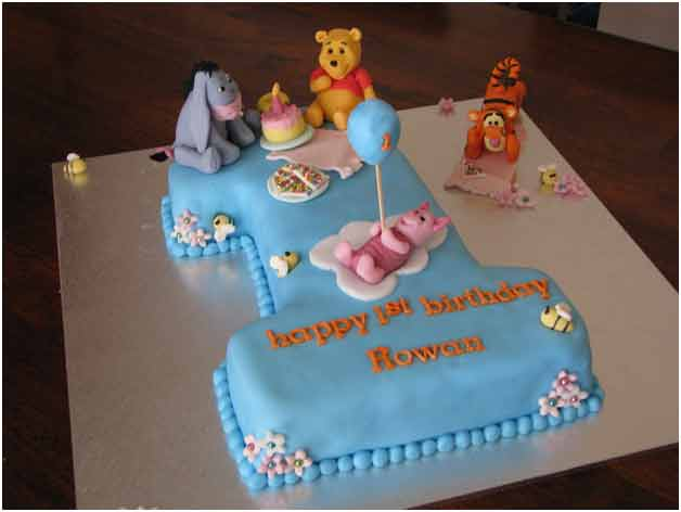 animal cartoon cake
