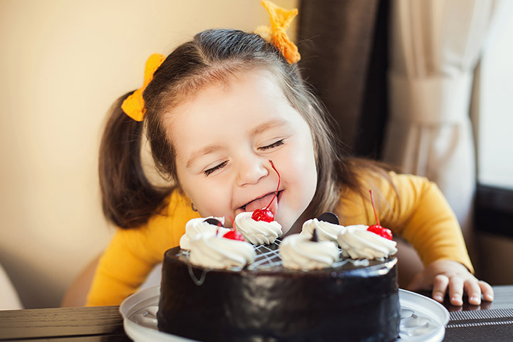 Summer is back with delicious cakes and lipsmacking kids delight