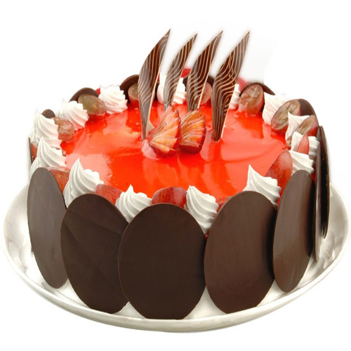 strawberry-cake-with-chocoround