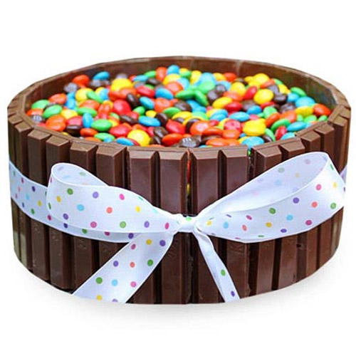 kit-kat-cake-with-gems