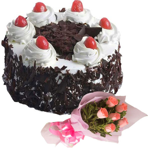 black-forest-cake-in-round-6-Pink-Roses