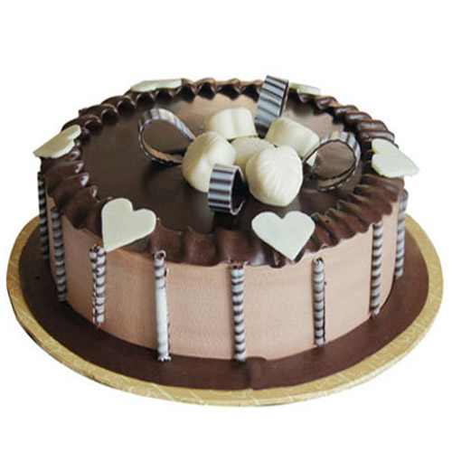 chocolate-cake-with-heart