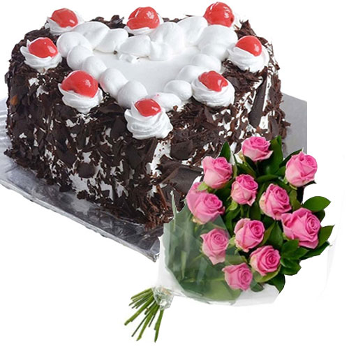 black-forest-cake-in-heart-12-pink-roses