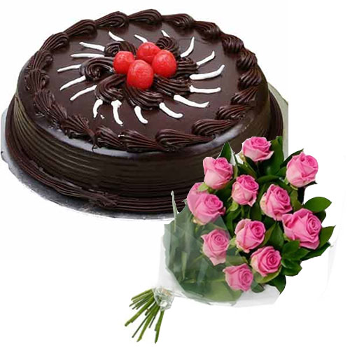chocolate-cake-with-cherry-12-pink-roses