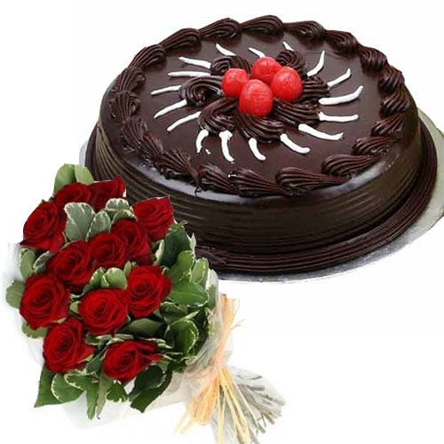 chocolate-cake-with-cherry-12-roses