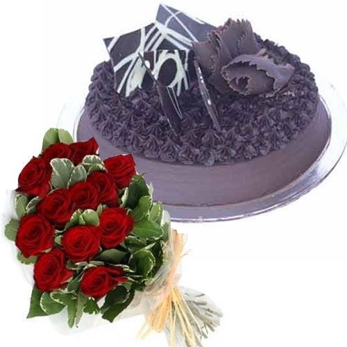 chocolate-truffle-cake--12-red-roses