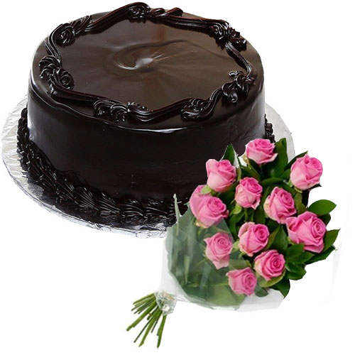 frosty-chocolate-cake-12-pink-roses