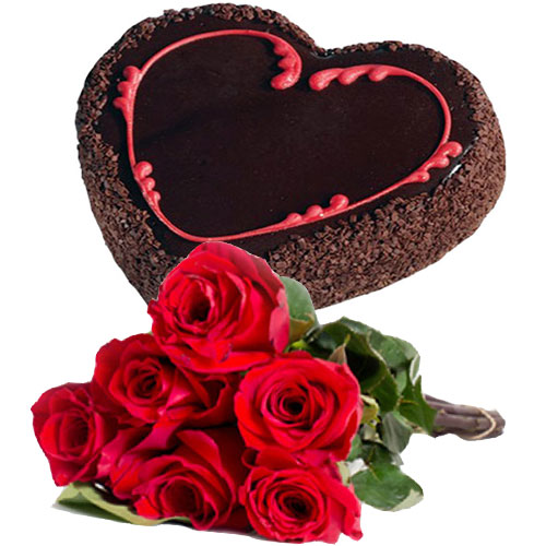 heart-chocolate-cake-6-roses